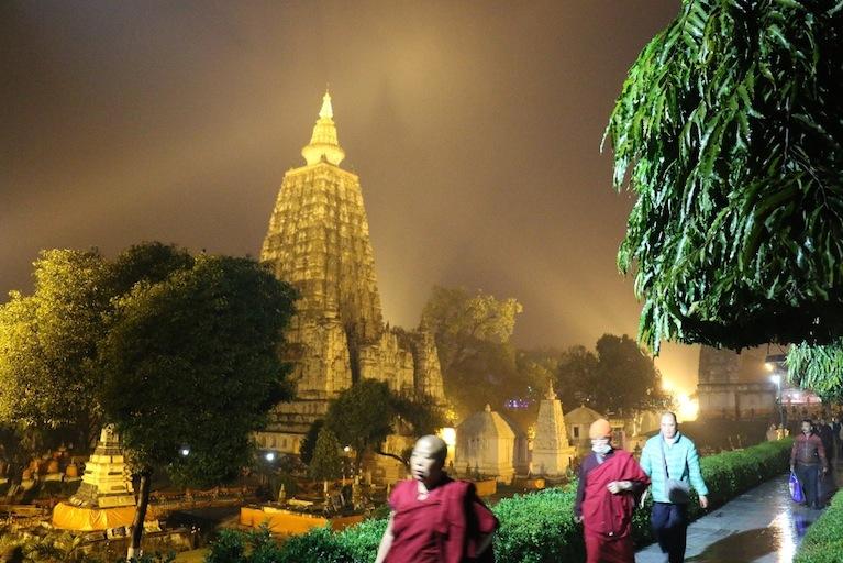 印度菩提迦耶 正觉塔夜景